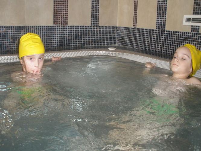 Kúpeľná liečba pre Sáru a Zuzanku