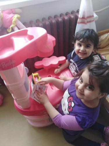 Pomôž Mime s deťmi k úsmevu